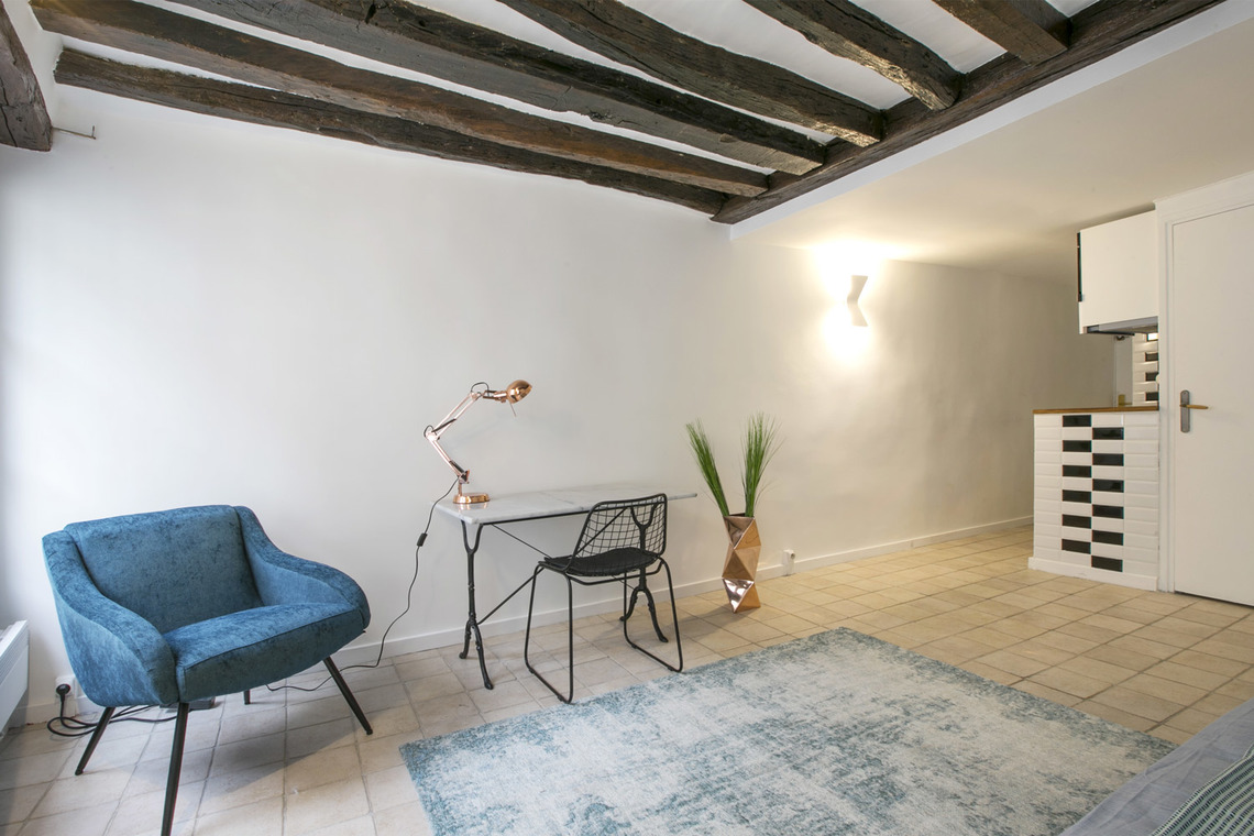 Paris Rue Geoffroy l'Angevin Apartment for rent