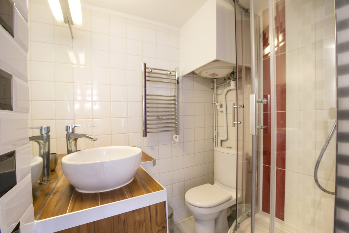 Apartment Paris Rue Geoffroy l'Angevin 8
