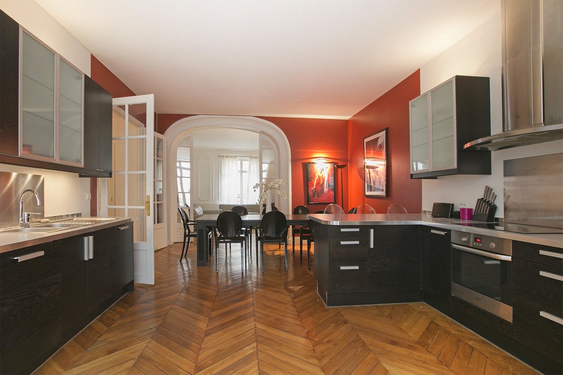Apartment Paris Rue Paul Baudry 6