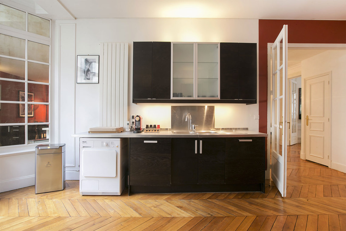 Apartment Paris Rue Paul Baudry 8