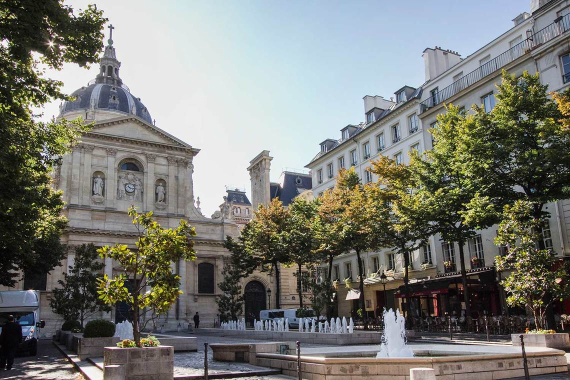Apartment for rent rue des ecoles paris ref 14131 for Sorbonne paris