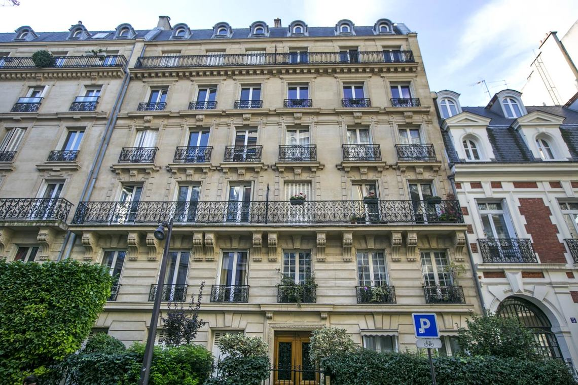 Apartment Paris Rue Weber 11