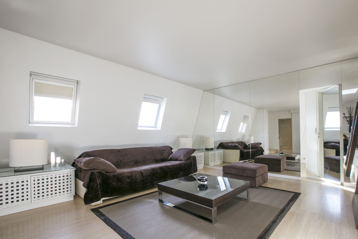 Apartment Paris Rue Weber 4