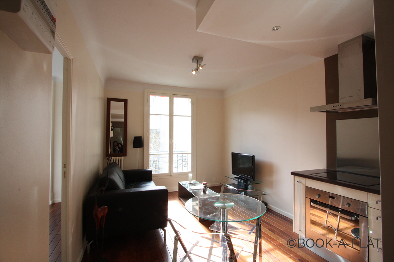 Apartment Paris Caulaincourt 0