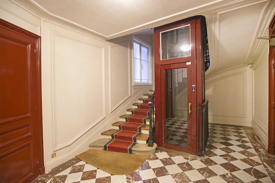 Apartment Paris Square de la Tour Maubourg 20