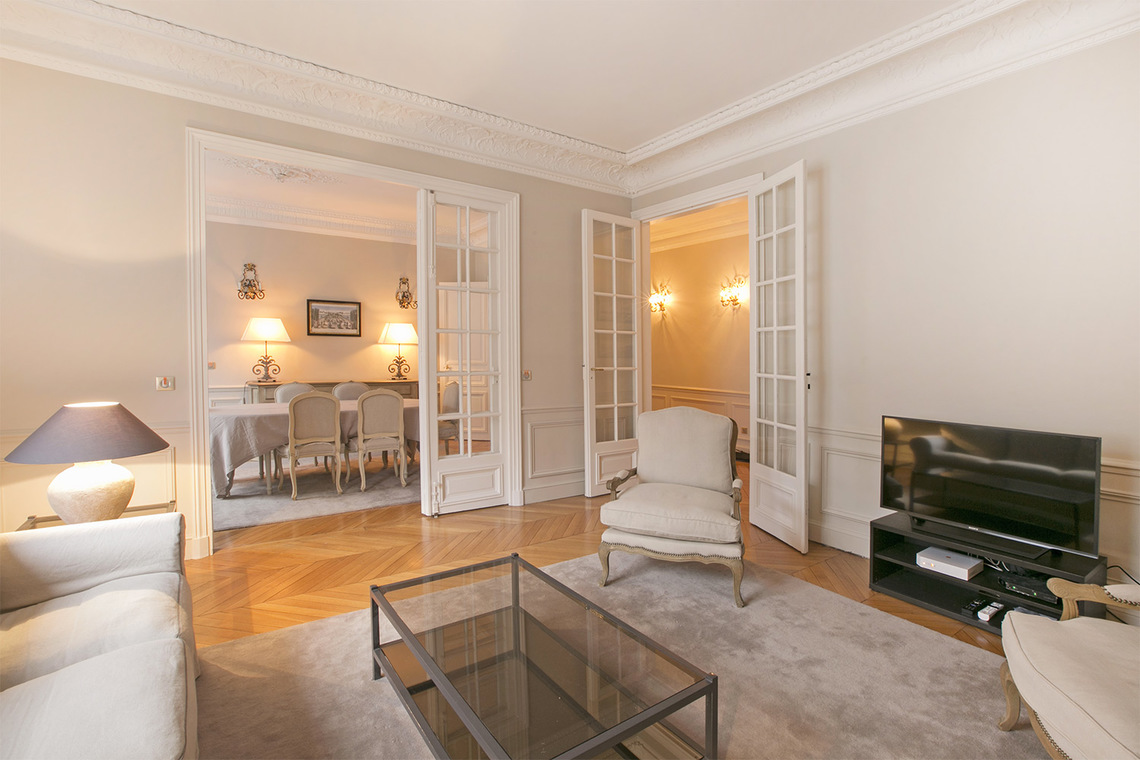 Apartment Paris Square de la Tour Maubourg 3