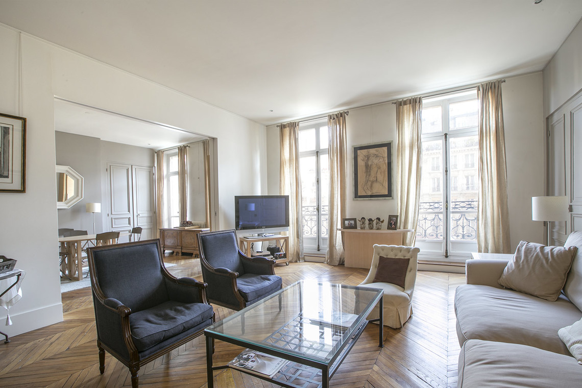 Paris Avenue Mac-Mahon Apartment for rent