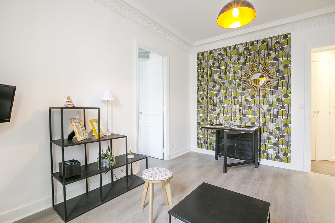 Apartment Paris Rue Humblot 5