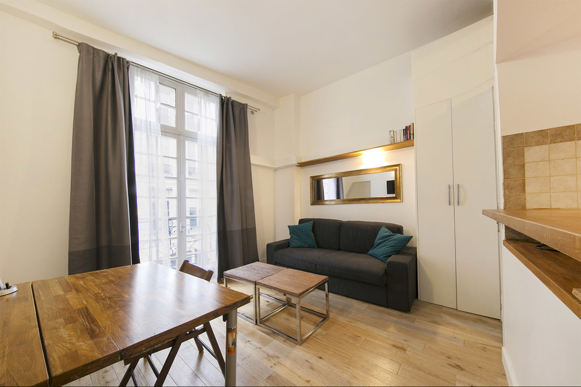 Paris Rue de la Ferronnerie Apartment for rent