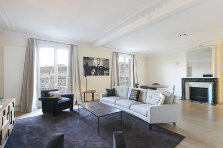 Apartment Paris avenue Marceau