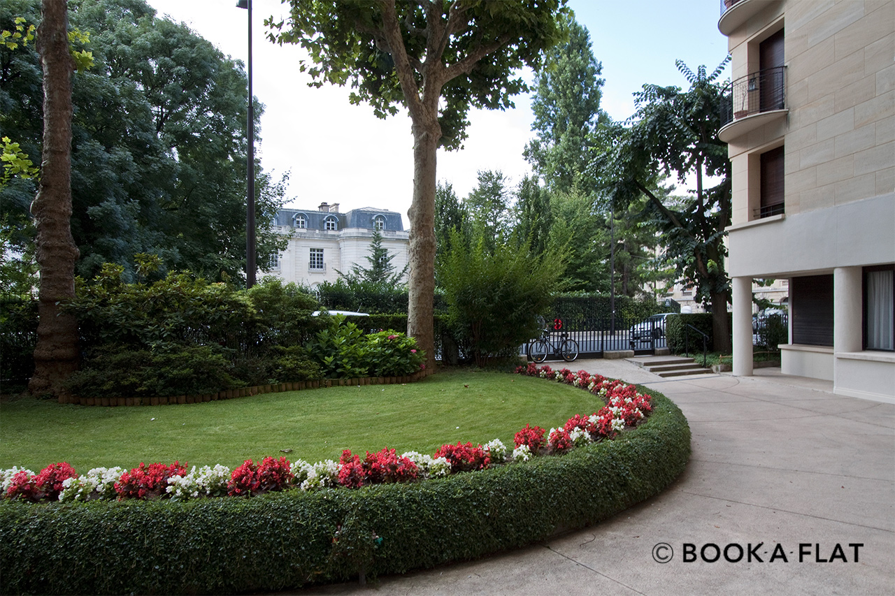 Appartement Paris Avenue Emile Bergerat 9
