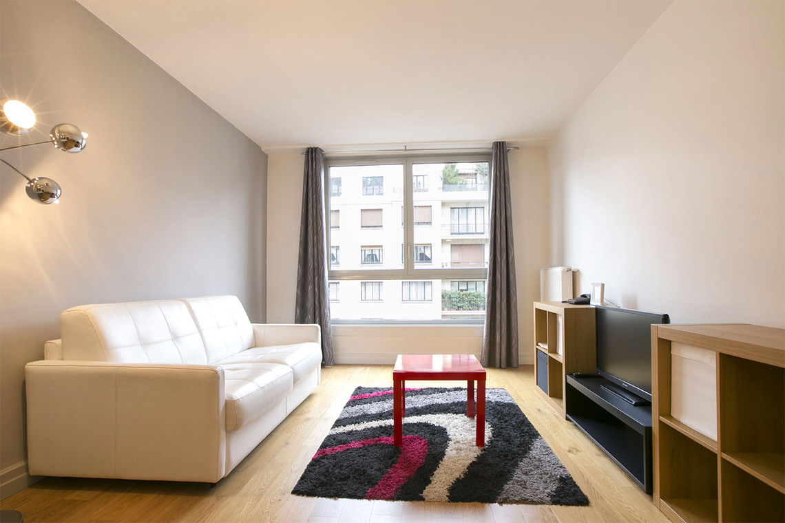 Apartment Paris Avenue Paul Doumer 3