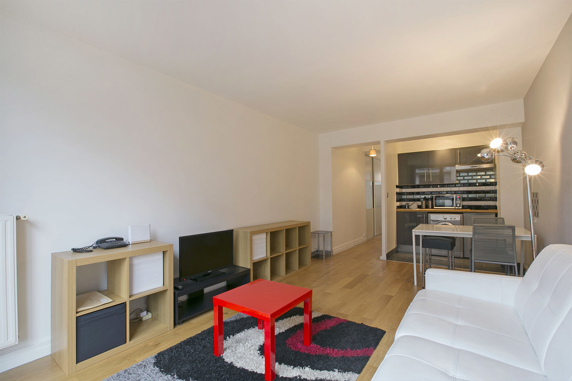Apartment Paris Avenue Paul Doumer 4