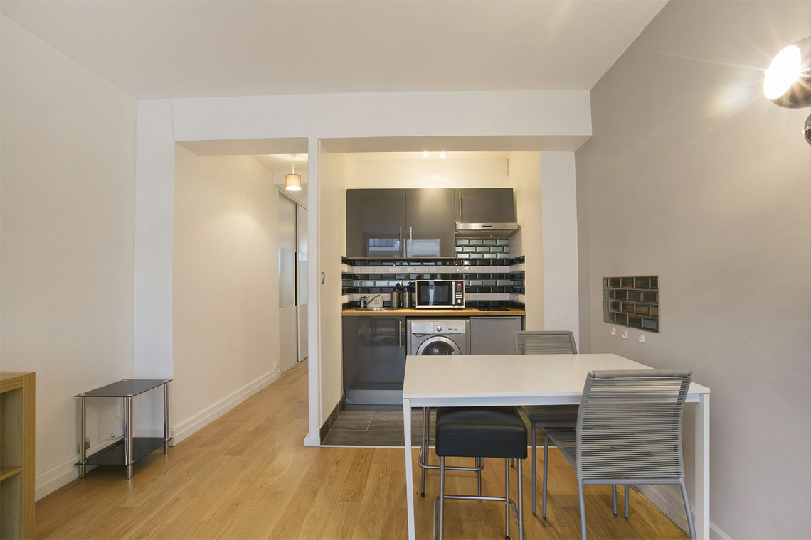 Apartment Paris Avenue Paul Doumer 6
