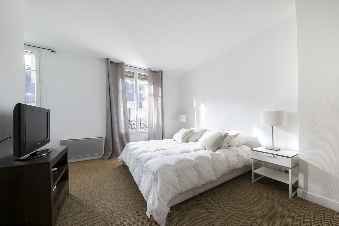 Apartment Paris Rue Mignon 6