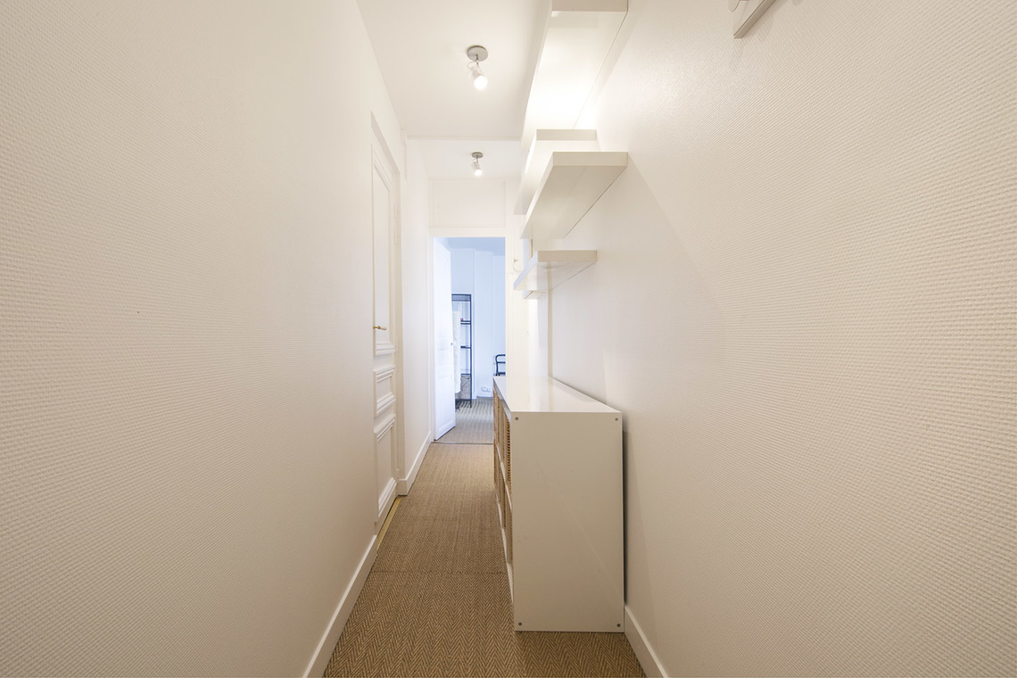 Apartment Paris Rue Mignon 9