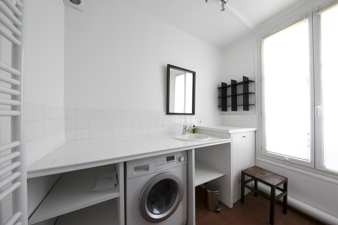 Apartment Paris Rue Mignon 10