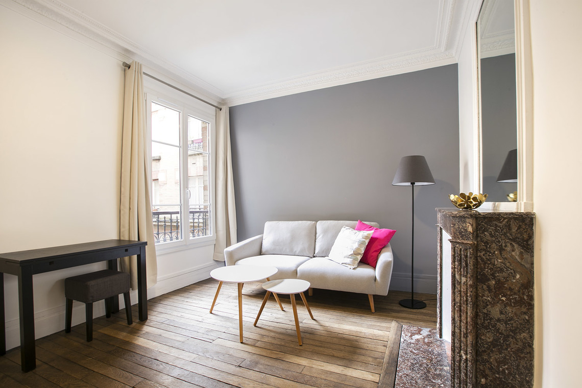 Furnished apartment for rent Paris Rue Taine