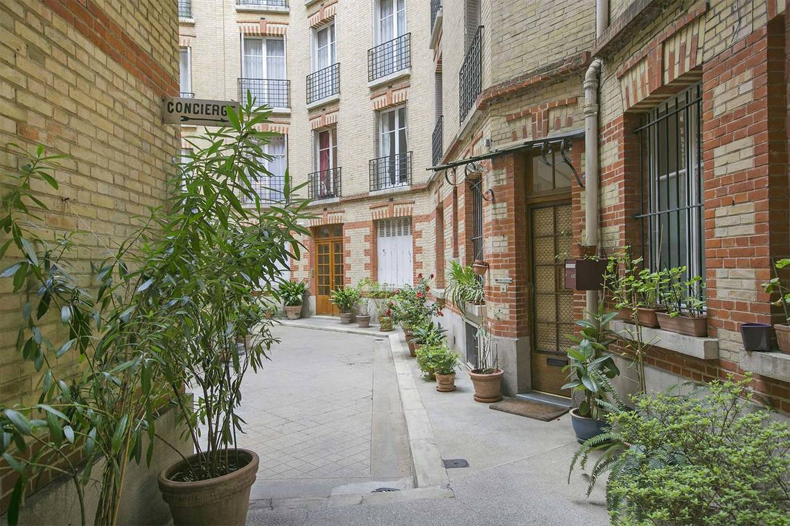 Apartment Paris Rue Poncelet 14