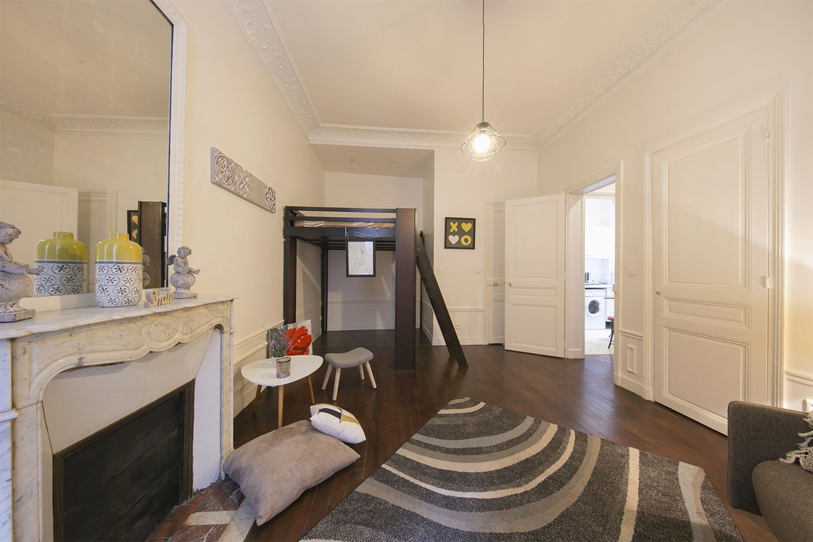 Apartment Paris Rue Poncelet 2