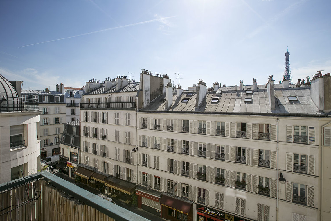 Apartment Paris Rue Jean Nicot 10