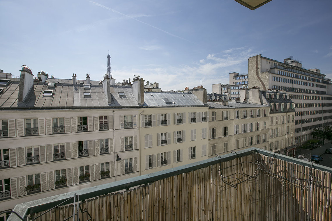 Apartment Paris Rue Jean Nicot 11