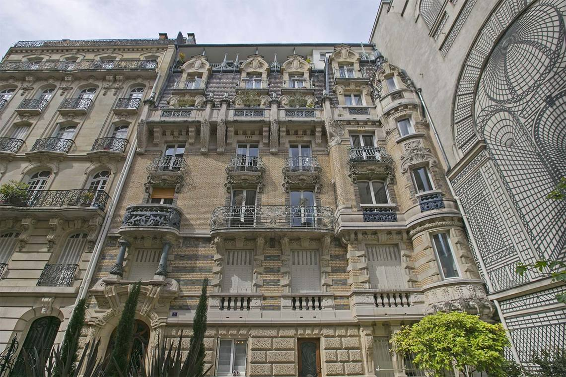 Apartment Paris Square Rapp 20