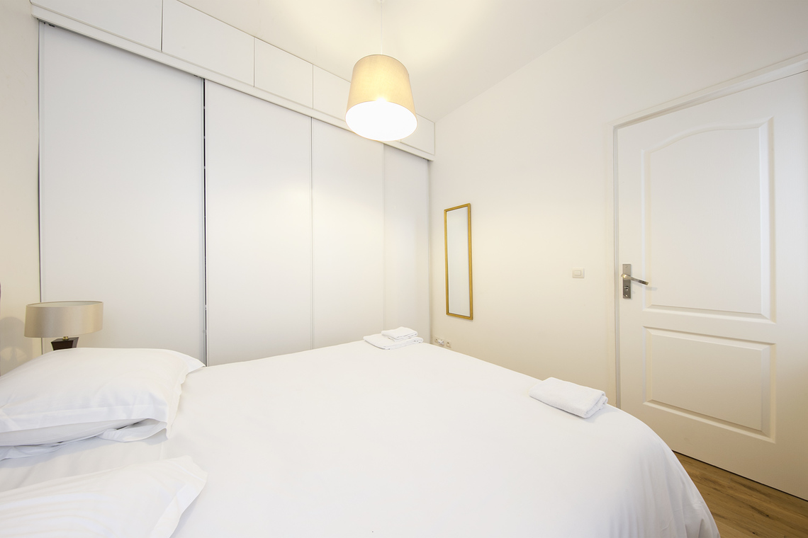 Apartment Paris Rue Sainte Foy 11
