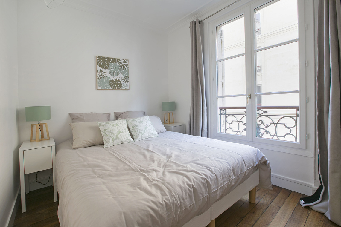 Appartement Paris Rue de Saussure 10