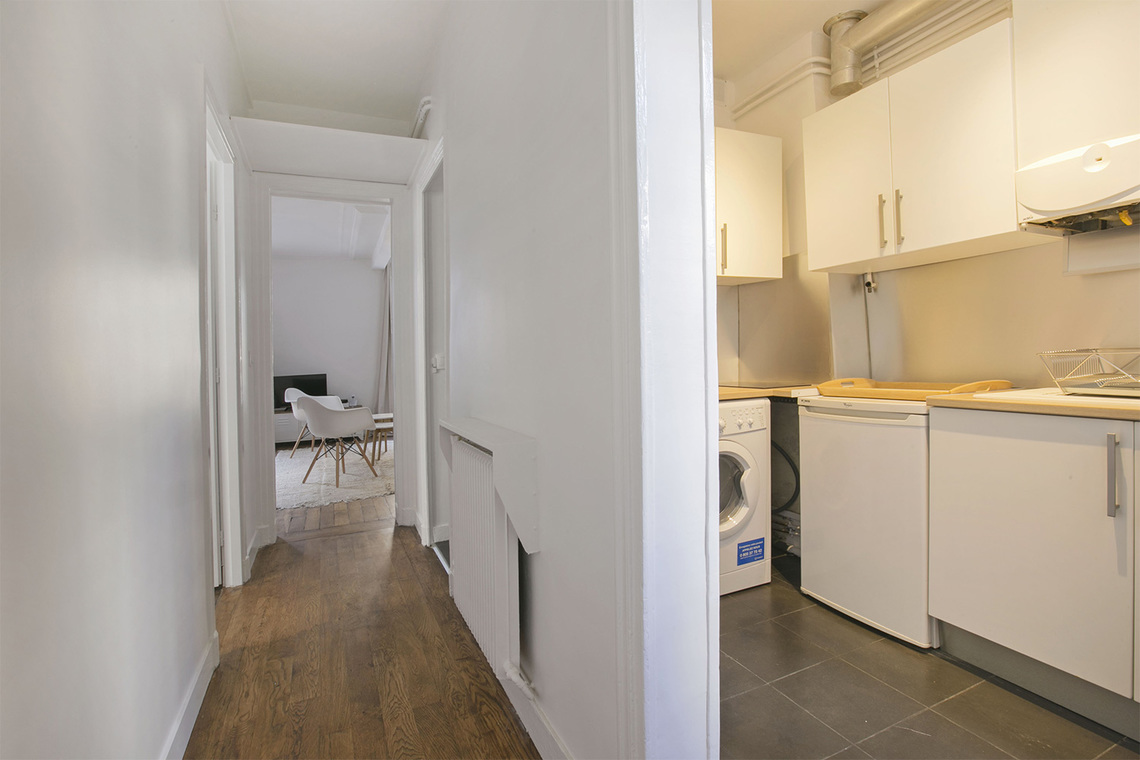 Appartement Paris Rue de Saussure 9