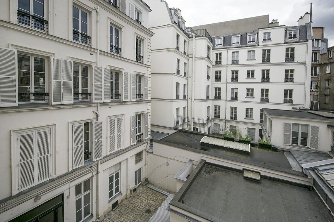 Apartment Paris Rue la Boétie 16