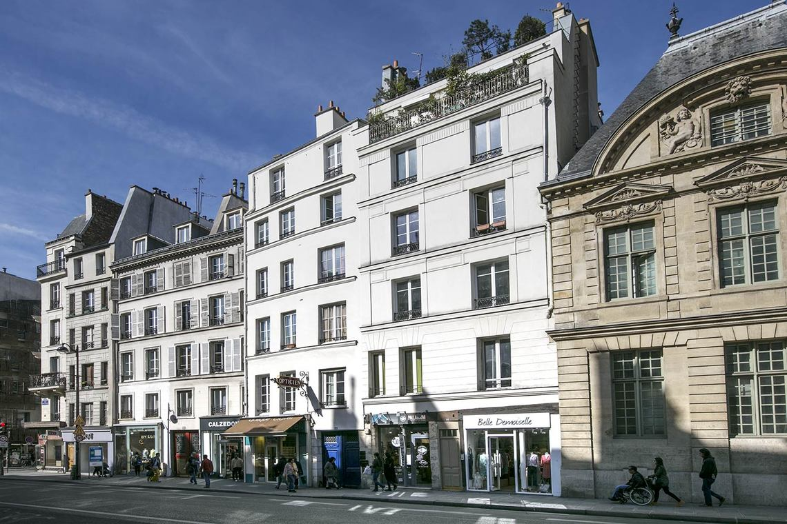 Apartment Paris Rue Saint Antoine 13