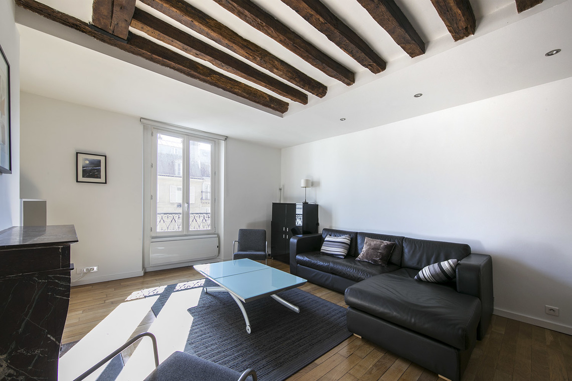 Apartment Paris Rue Saint Antoine 3