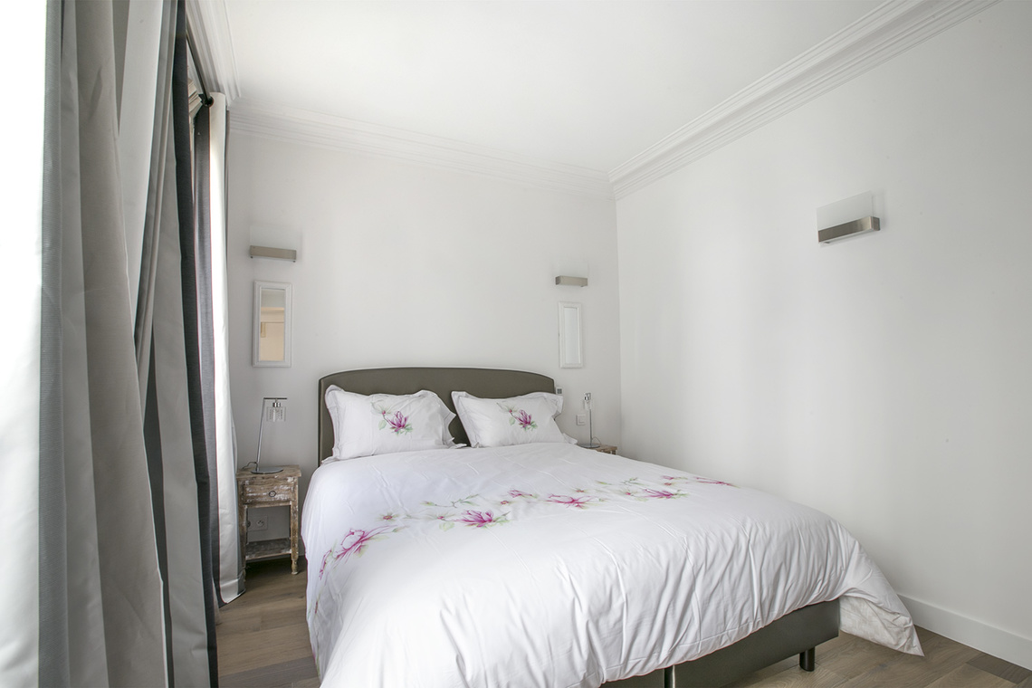 Apartment Paris Rue des Pyramides 9