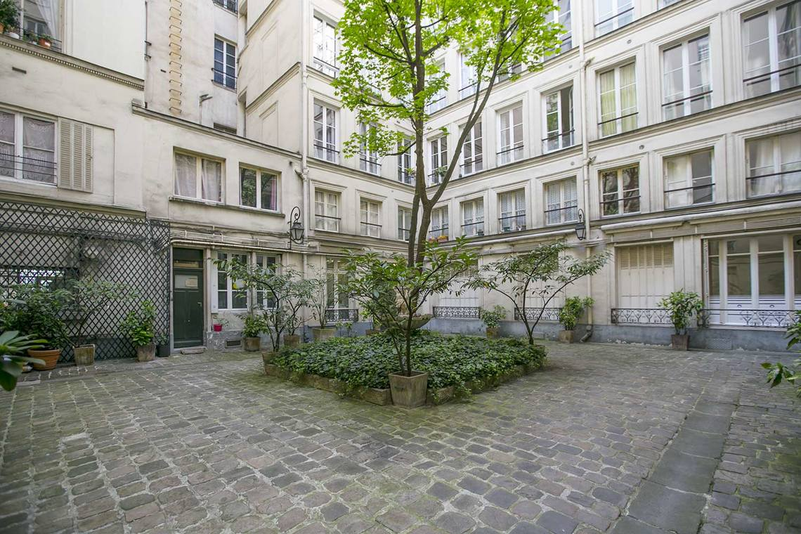 Apartment Paris Rue des Pyramides 20