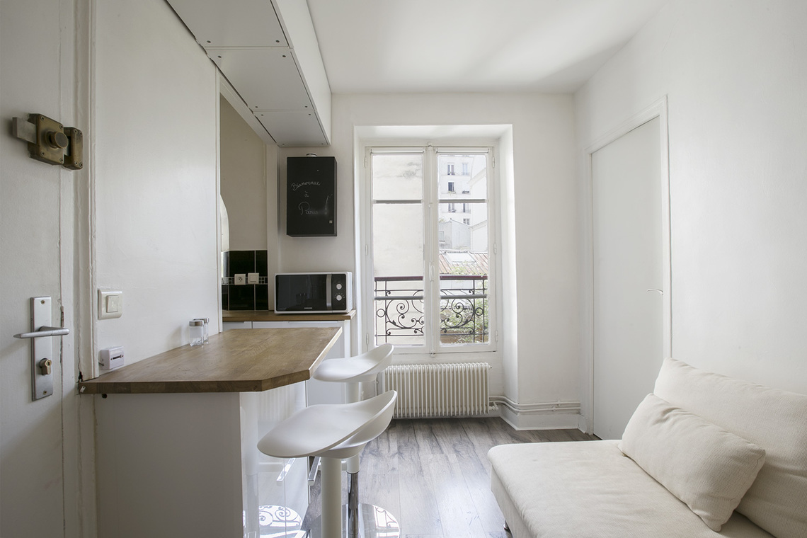 Apartment Paris Passage des Abbesses 4