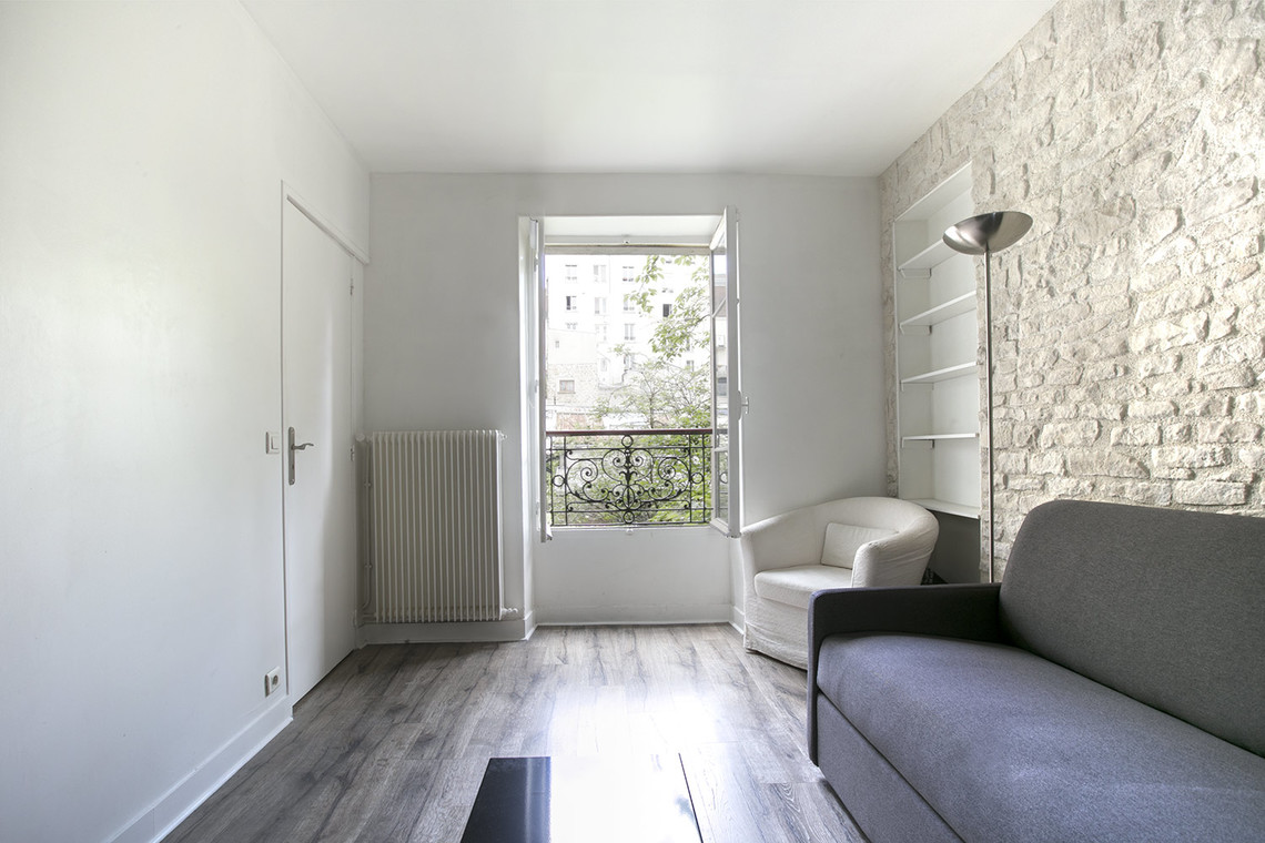 Paris Passage des Abbesses Apartment for rent