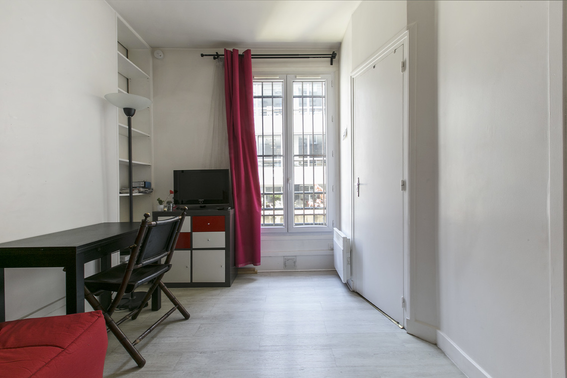 Paris Rue du Mont Cenis Apartment for rent