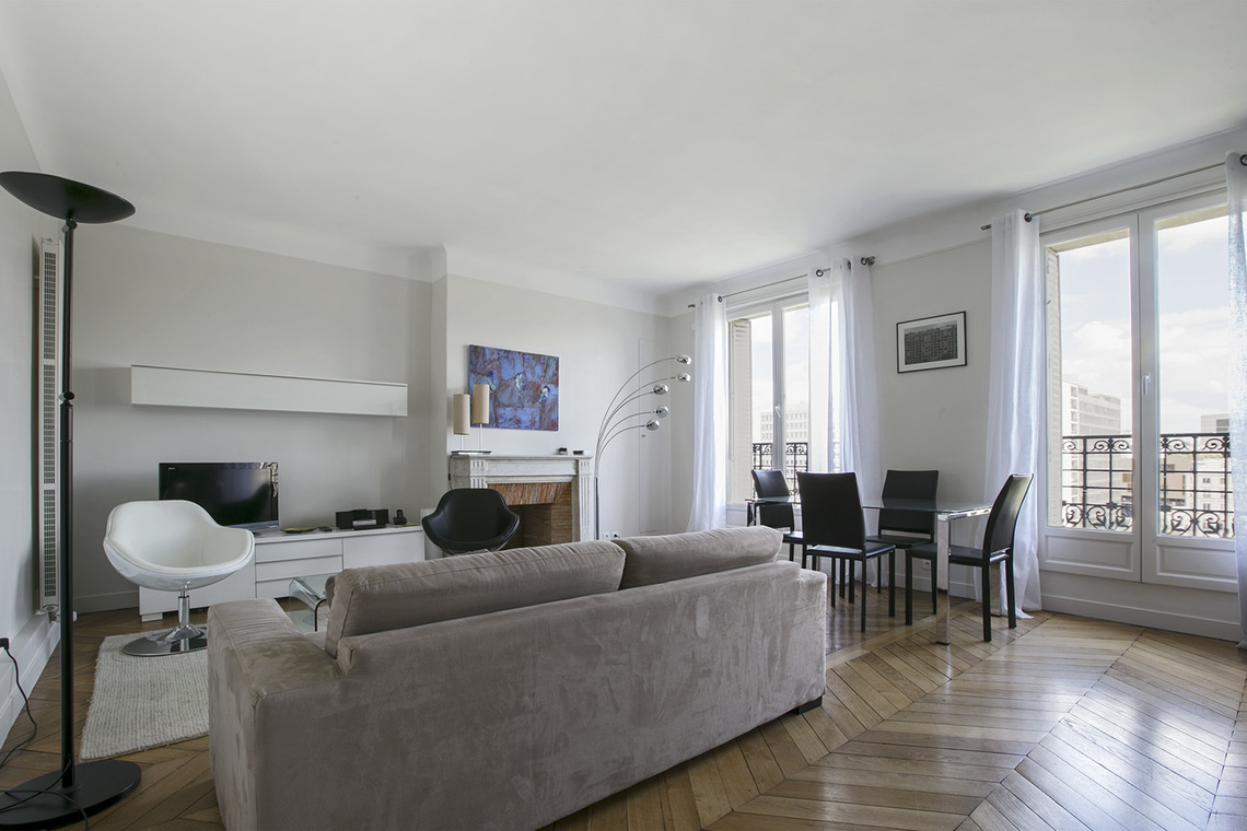 Apartment Paris Boulevard Bourdon 2