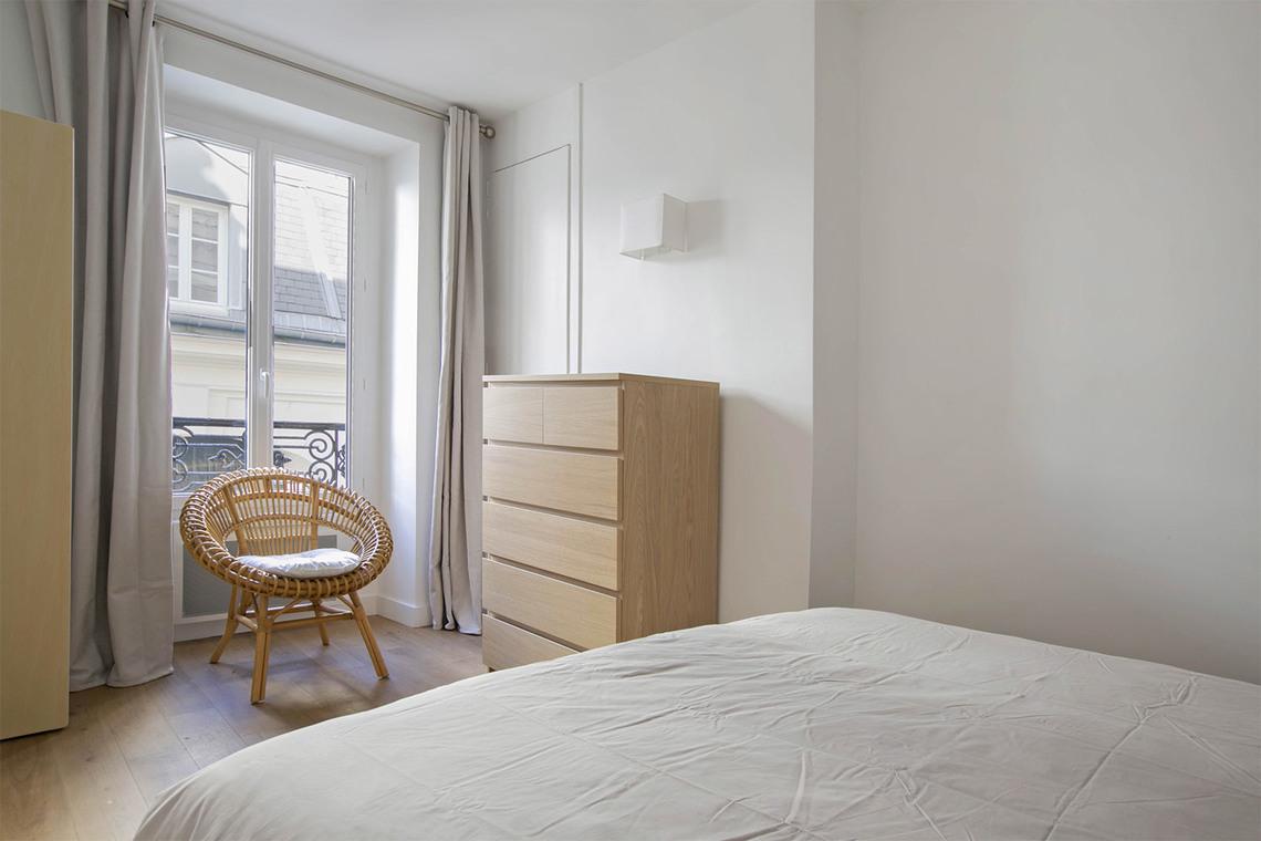 location appartement meubl passage landrieu paris ref 14957. Black Bedroom Furniture Sets. Home Design Ideas