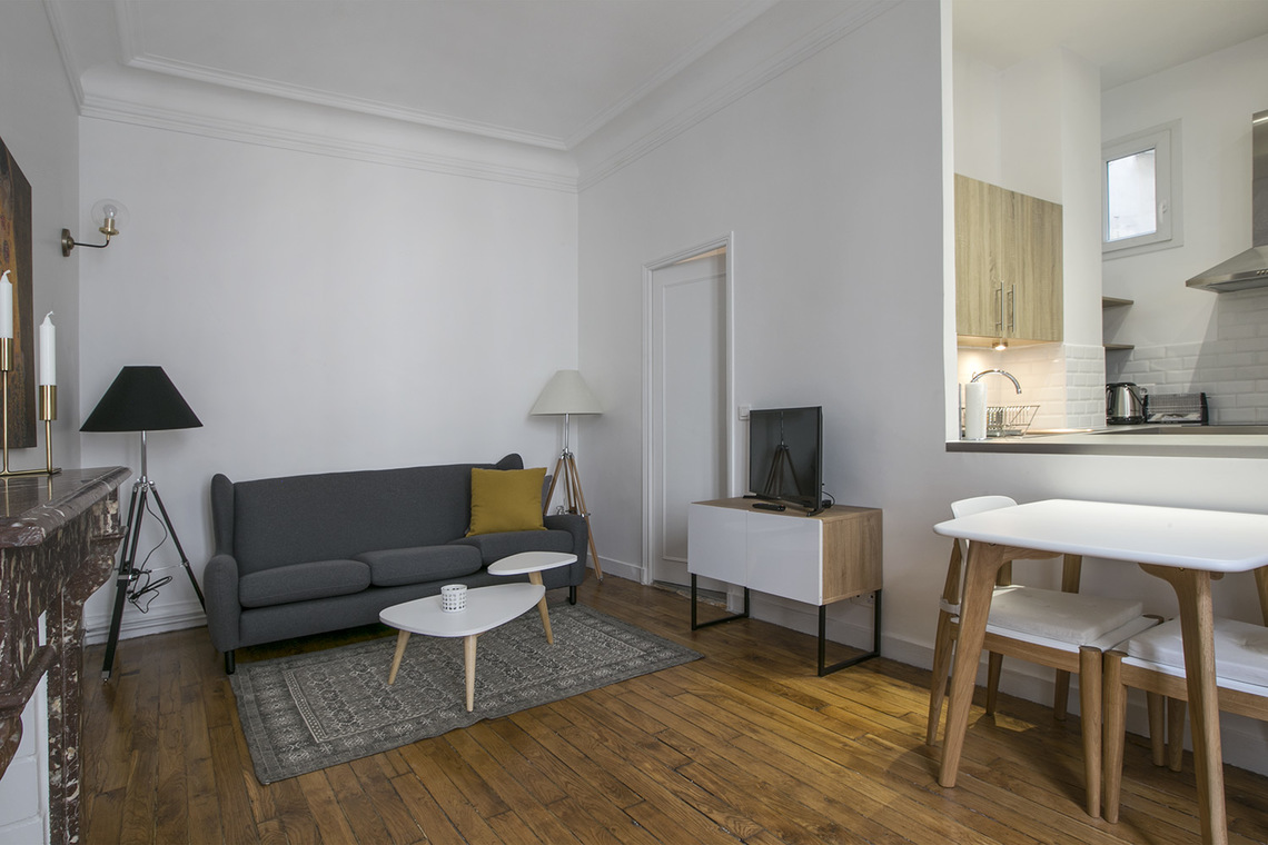 Furnished apartment for rent Paris Rue Lalo