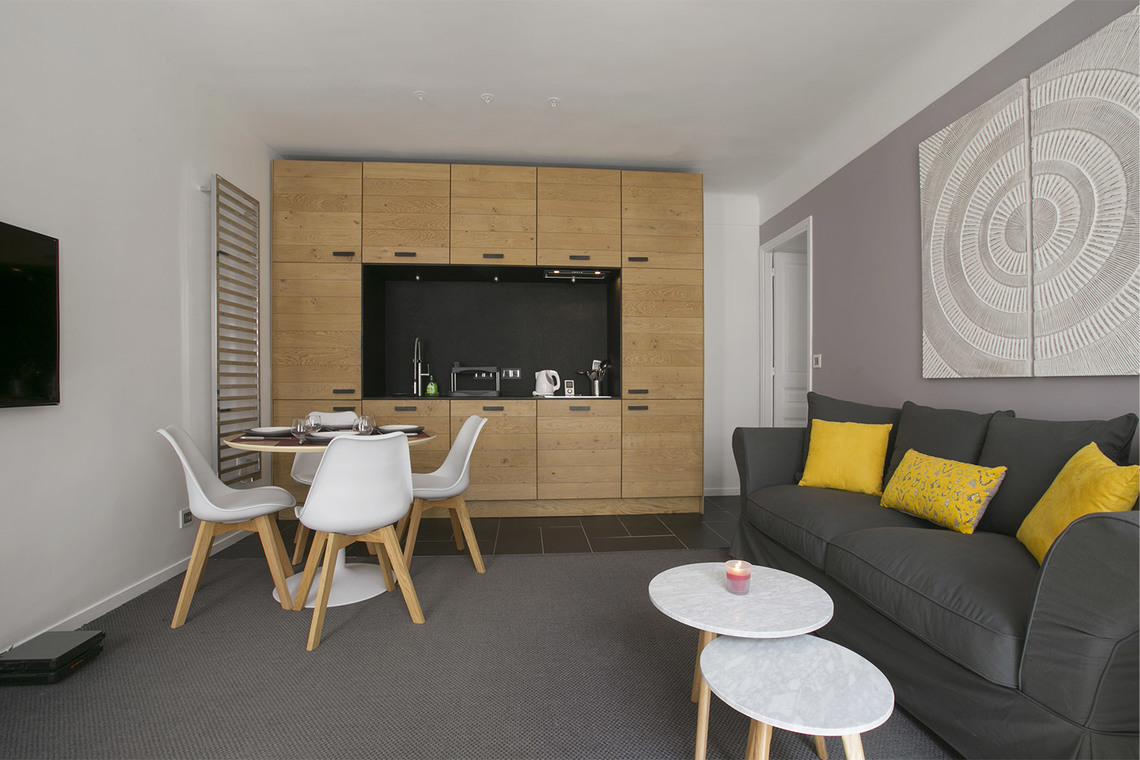 Apartment Paris Rue Fourcroy 4