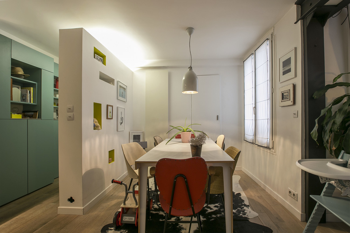 Apartment Paris Rue de Paradis 3