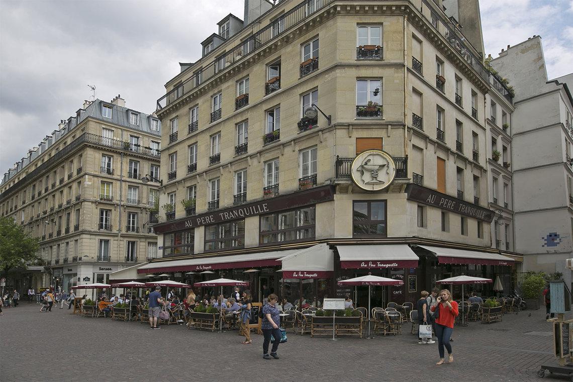 apartment for rent rue des pr cheurs paris ref 15083. Black Bedroom Furniture Sets. Home Design Ideas