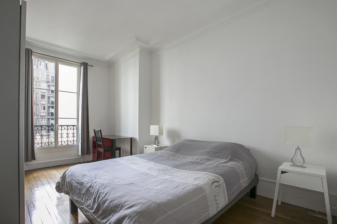 Appartement Paris Rue Bausset 7
