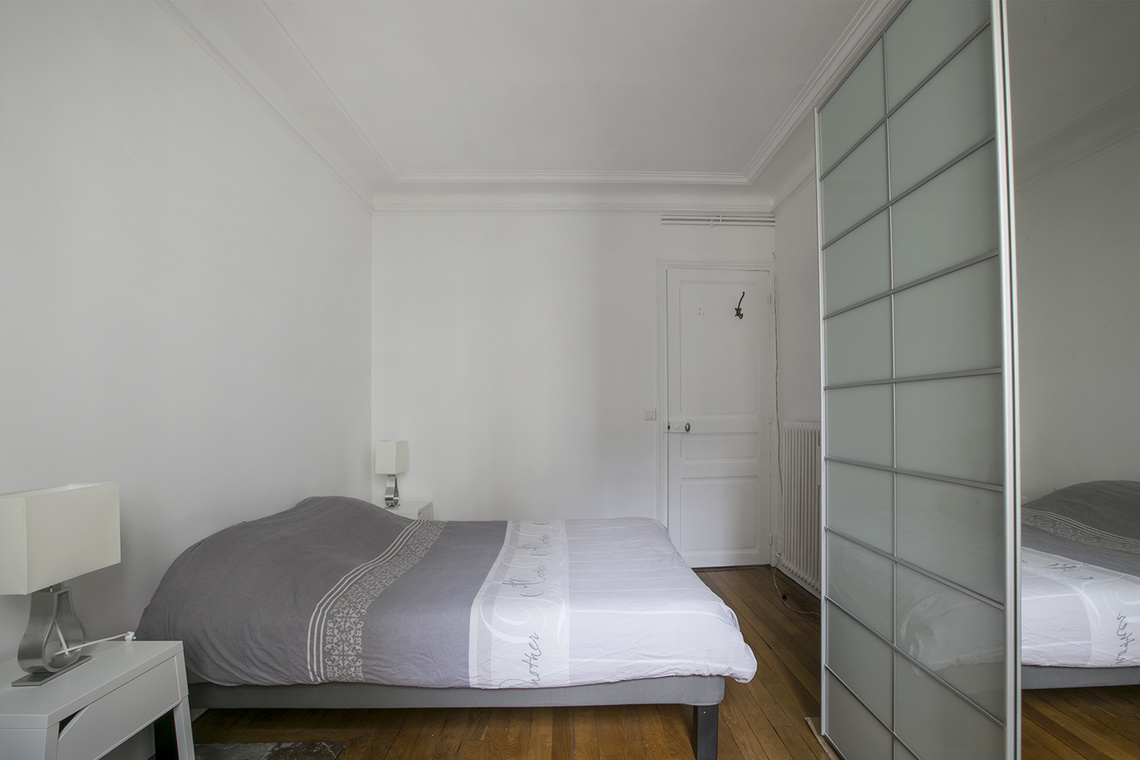 Apartment Paris Rue Bausset 8
