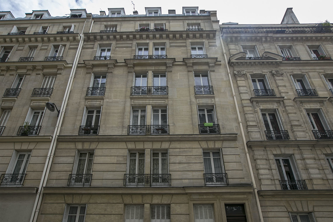 Appartement Paris Rue Bausset 12