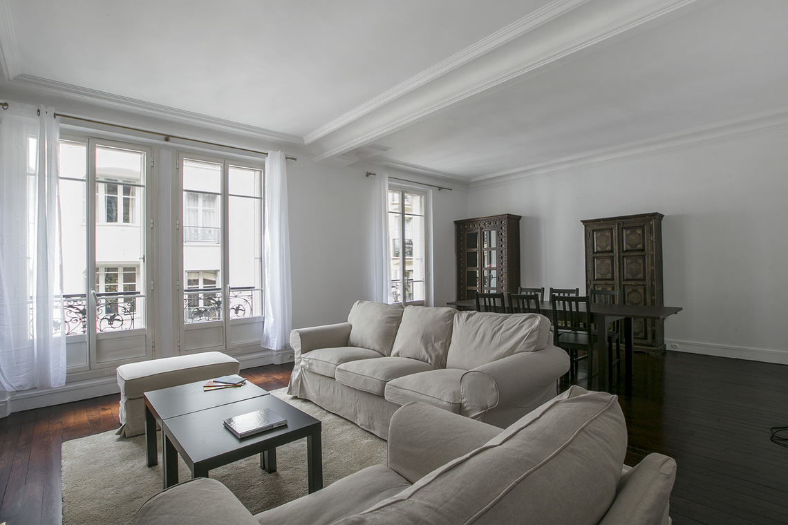 Furnished apartment for rent Paris Rue Bausset