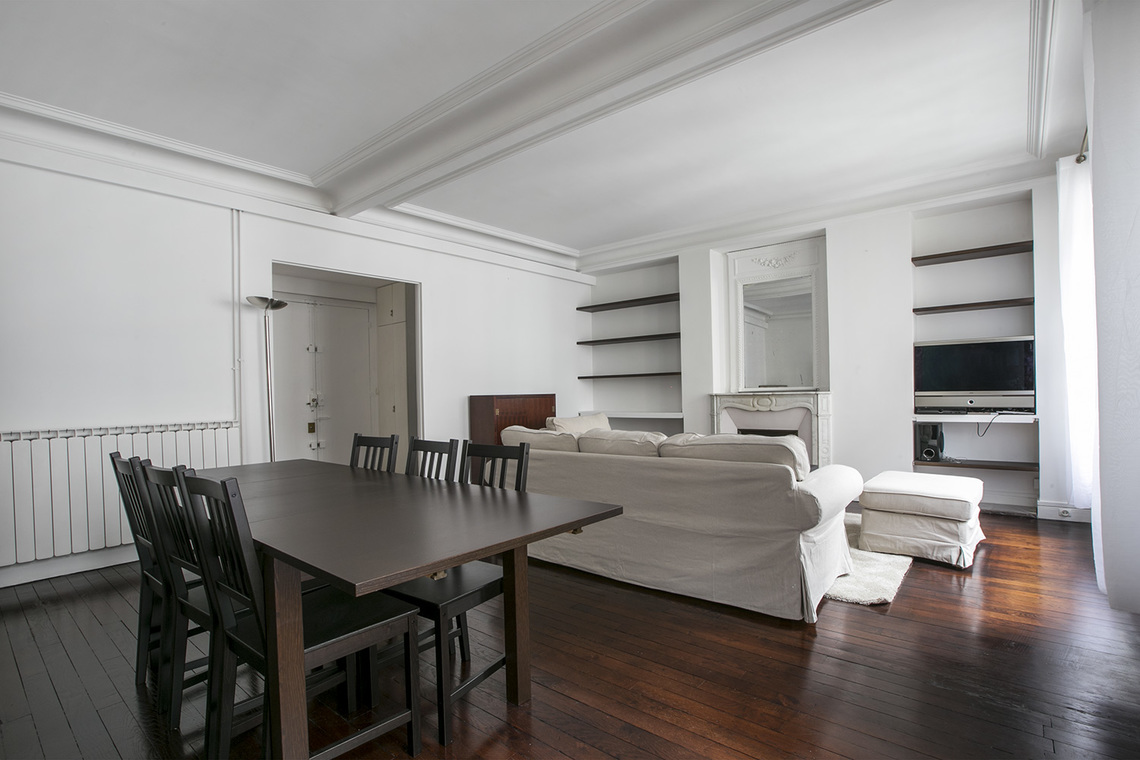 Apartment Paris Rue Bausset 4