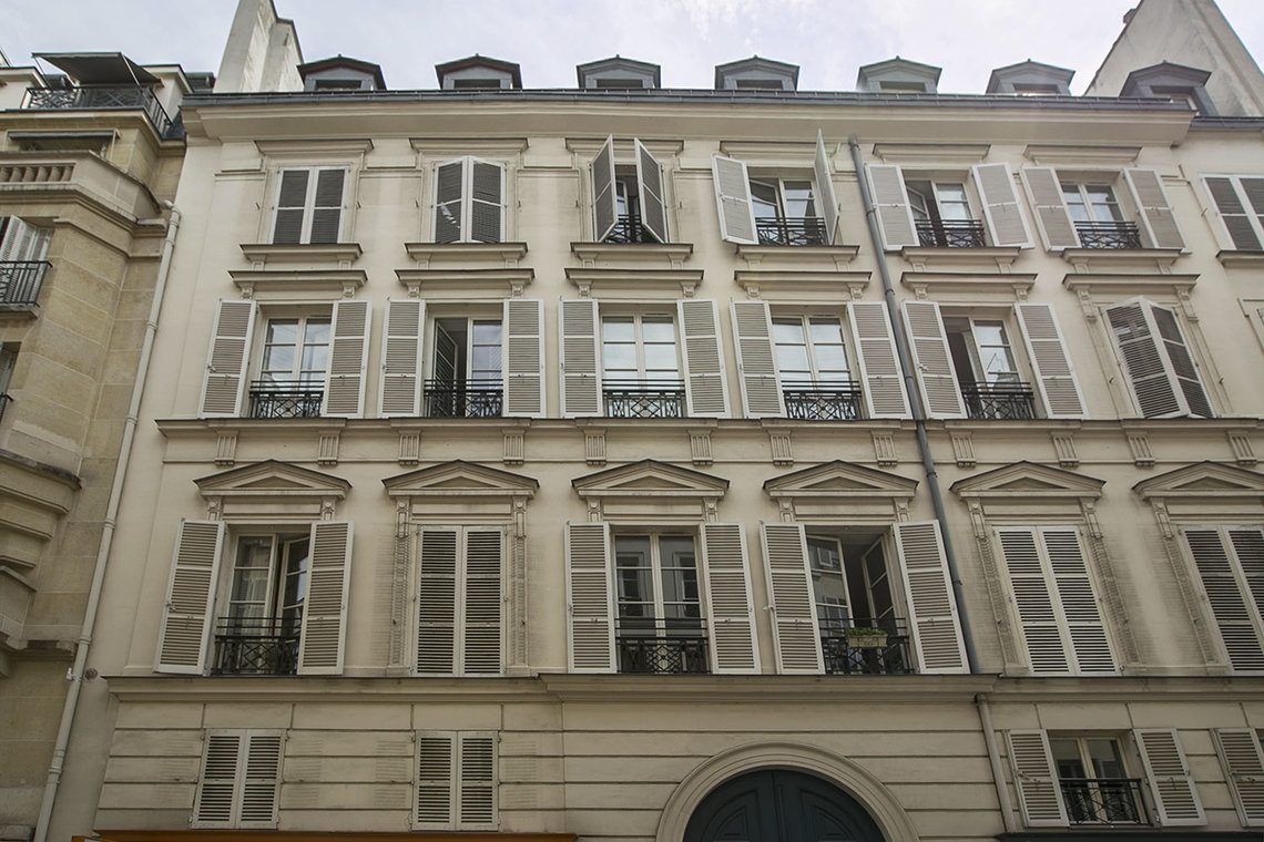 Apartment Paris Rue Godot de Mauroy 11